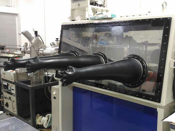 真空蒸着装置一体型グローブボックス :美和製作所、エイコーエンジニアリング