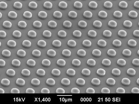 シリコン微細円柱構造